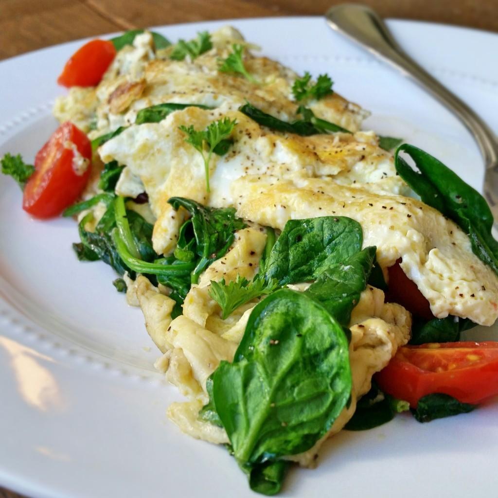 Spinach & Tomato Omelette