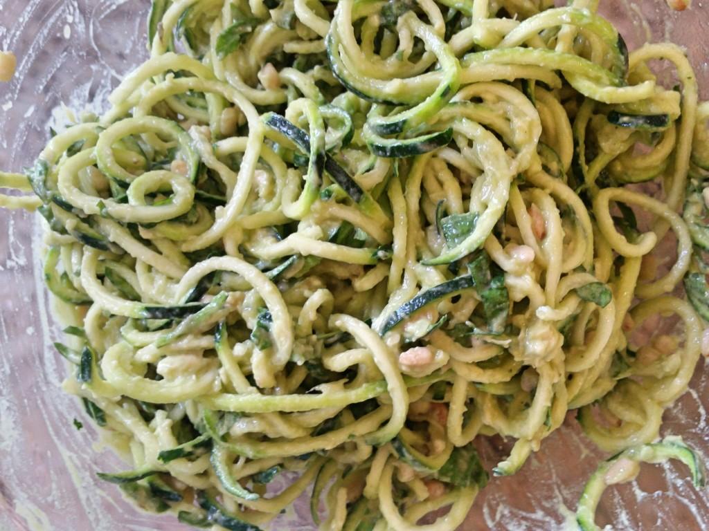 Creamy Avocado Pesto + Zucchini Noodles | Clovers & Kale | Dairy Free Creamy