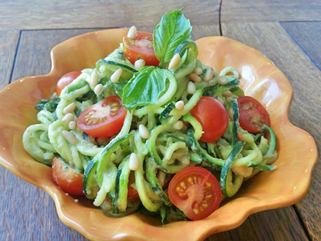 Creamy Avocado Pesto + Zucchini Noodles | Clovers & Kale | Recipe