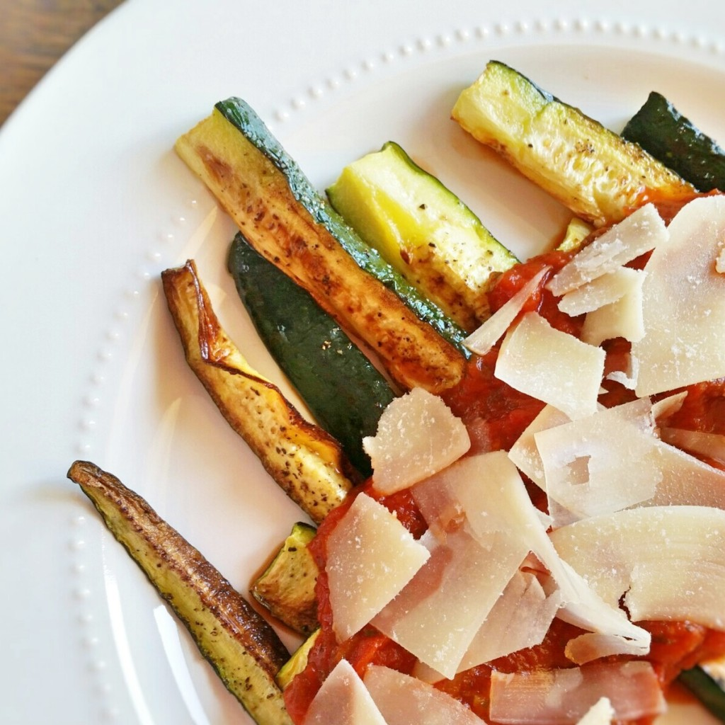 zucchini sticks - recipe - Clovers & Kale